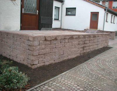 Stützmauer Boss-Antik